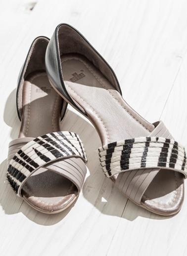 Elle Deri Sandalet Zebra